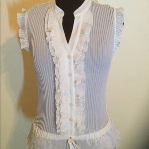 N.Y. Collection White Sleeveless pleated top